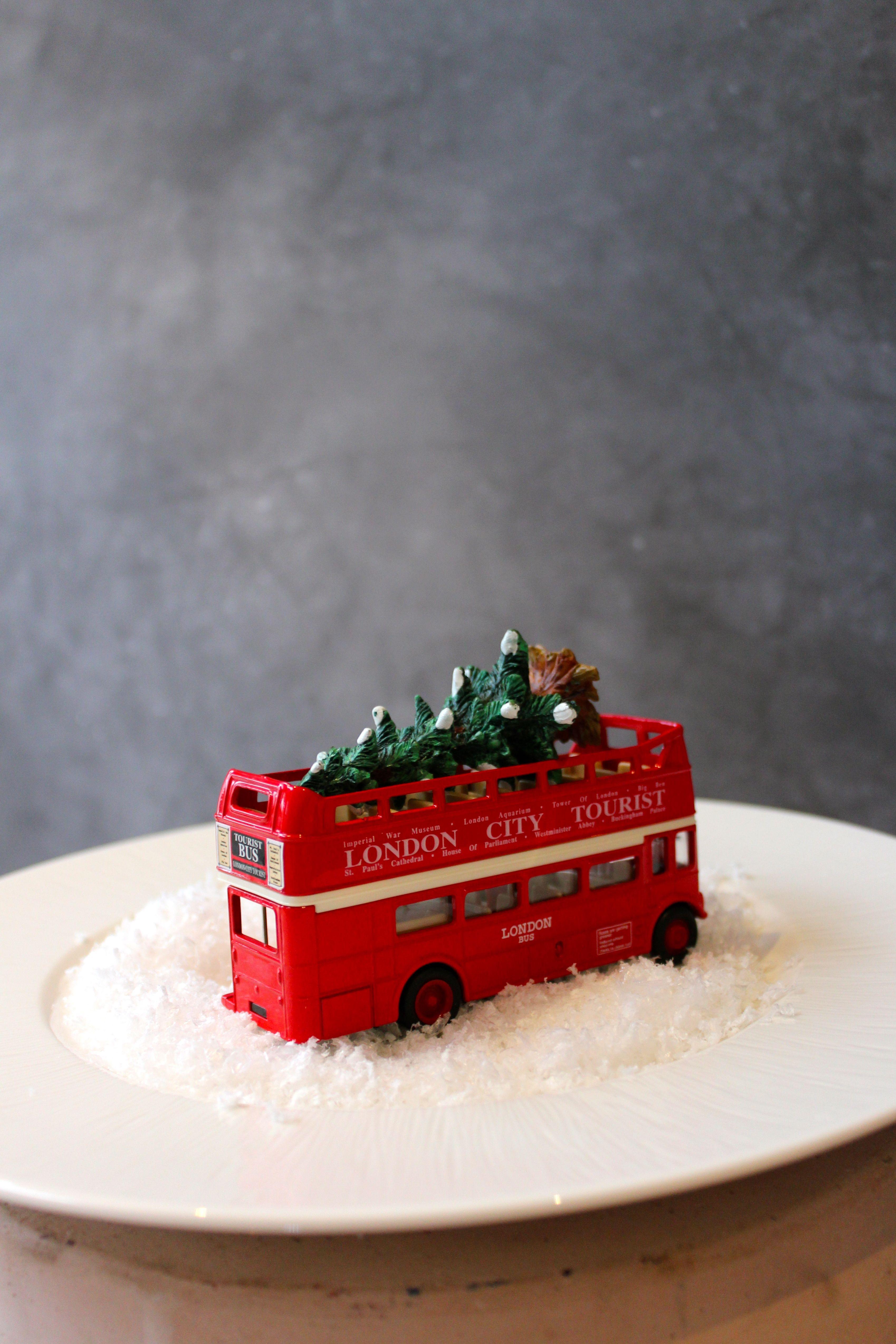 snowglobe bus