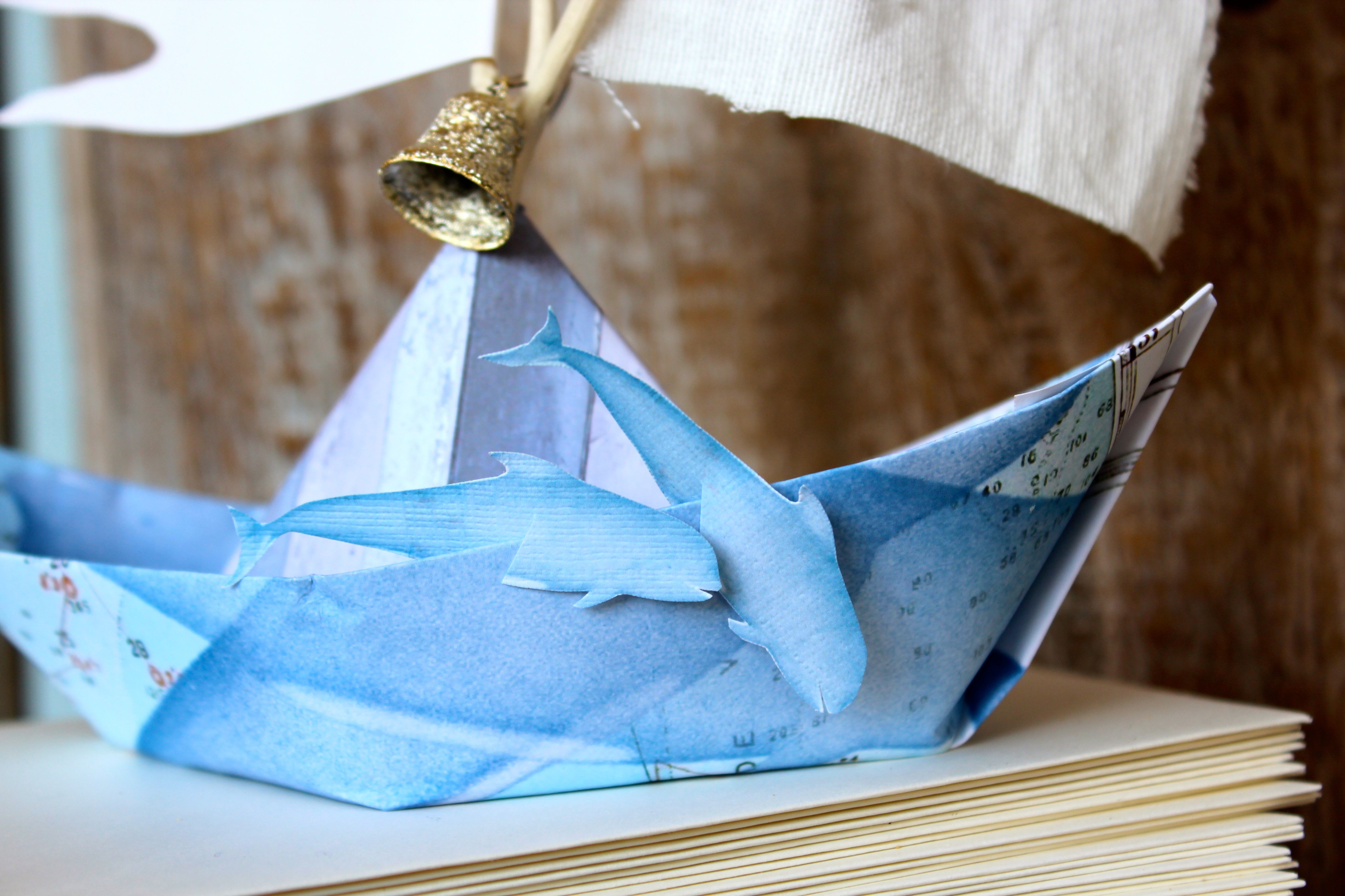 paper dolphine