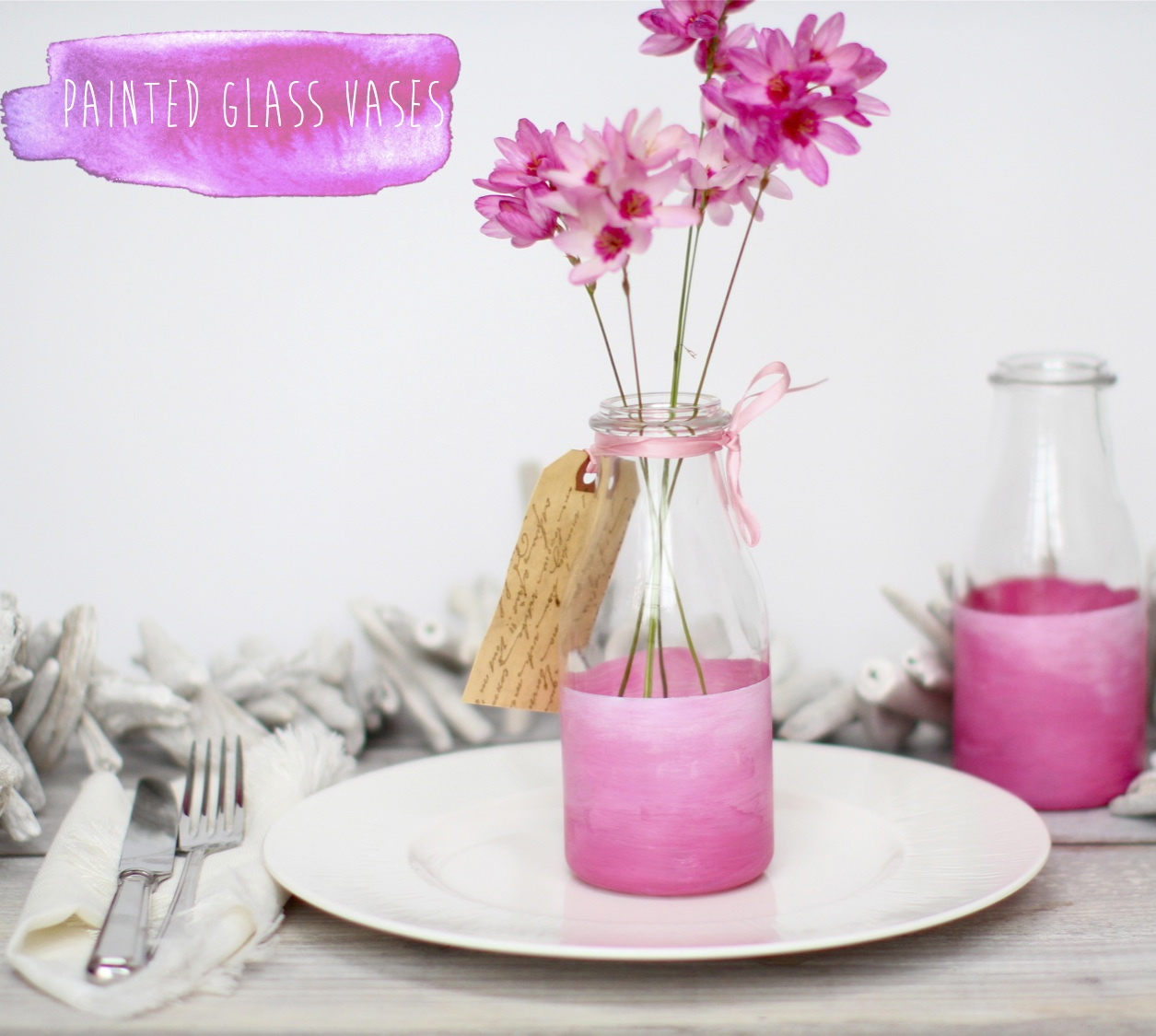 painted glass bottle vase DIY
