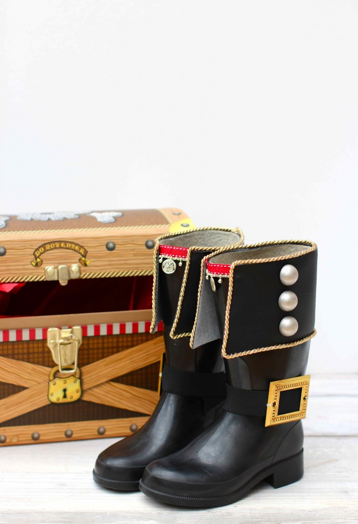 Upcycle old wellies into pirate boots