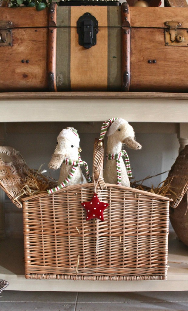 Christmas Geese in a Basket