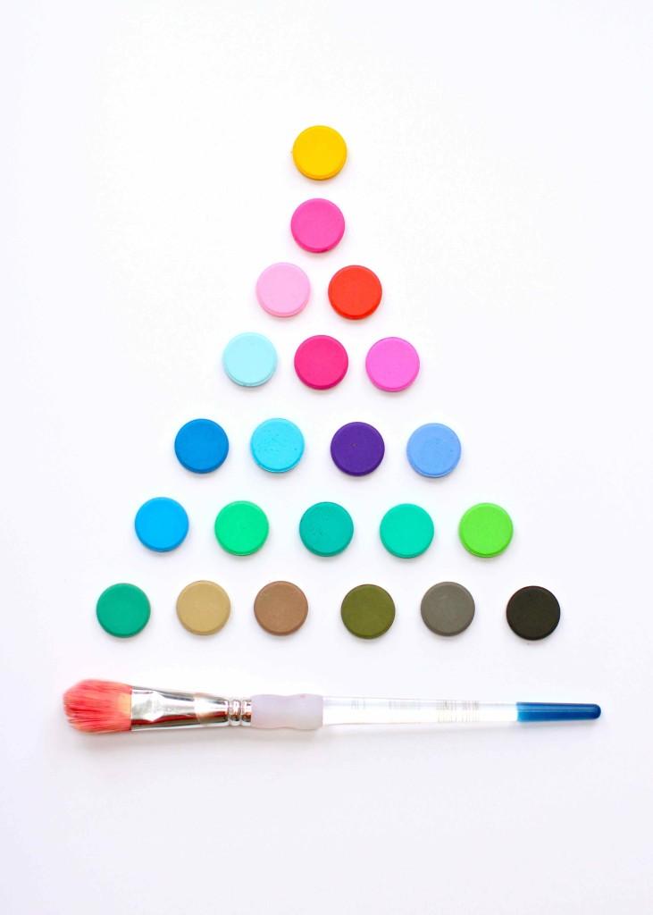 paint palette christmas tree