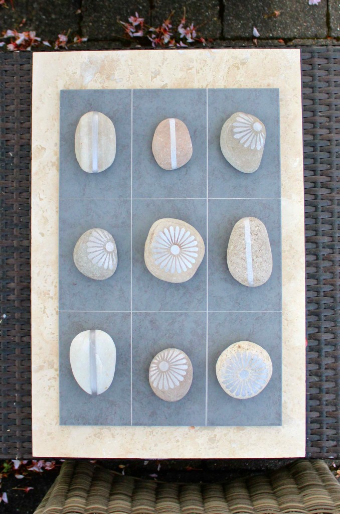 DIY Tic Tac Toe for the gardne