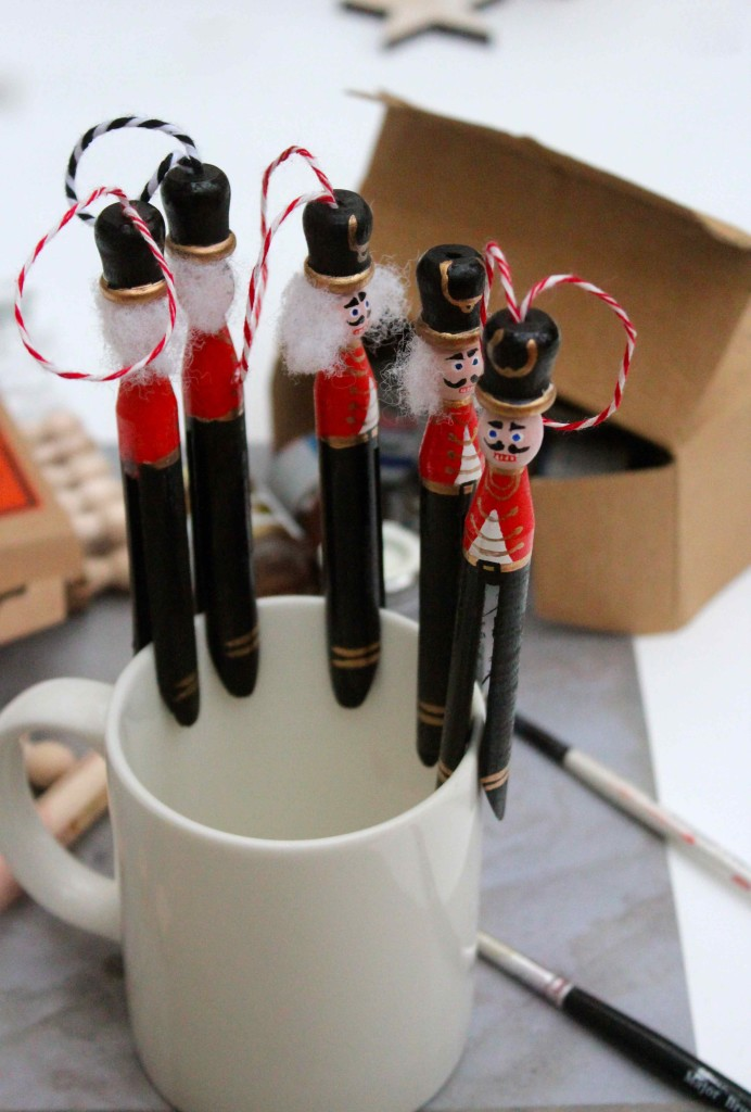 How to make Nutcracker peg dolls