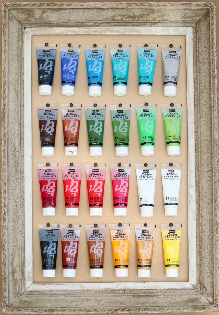 Paint palette pinboard