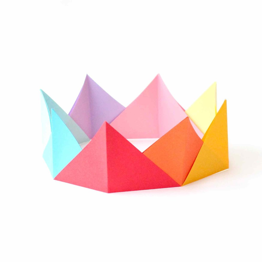 Pointed origami crown