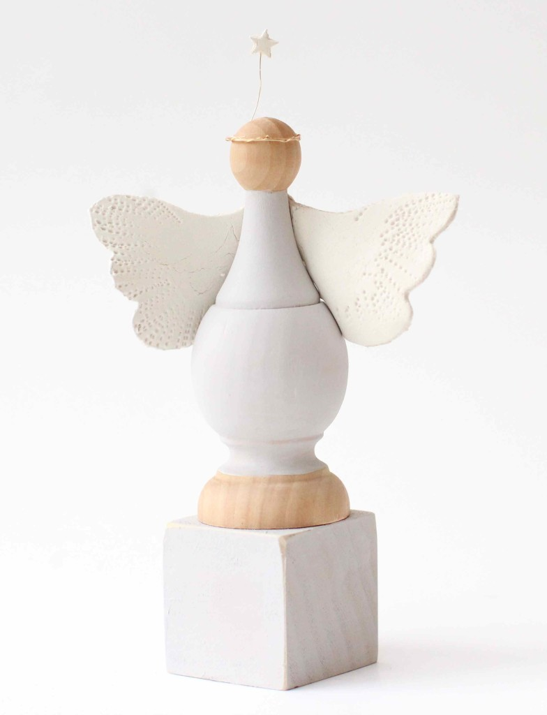 Simple nativity angel