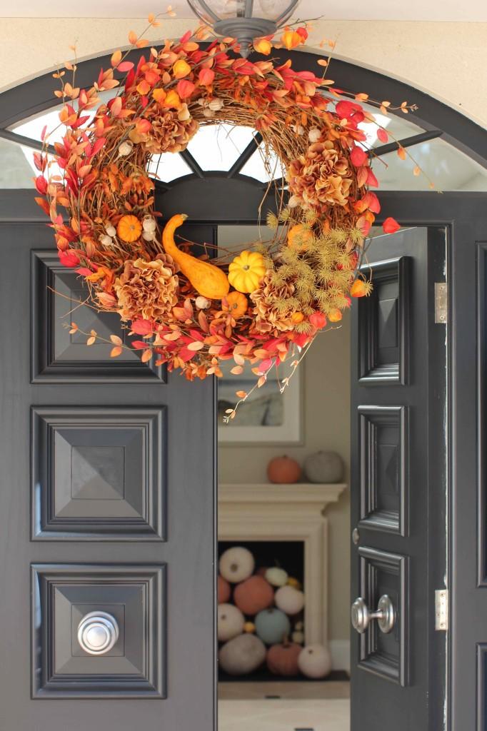 Fiery DIY autumn wreath